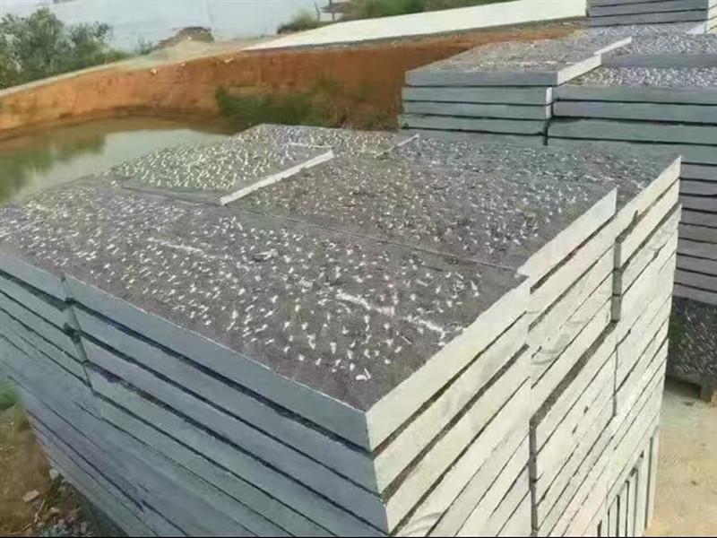 20厚鑿面青石板