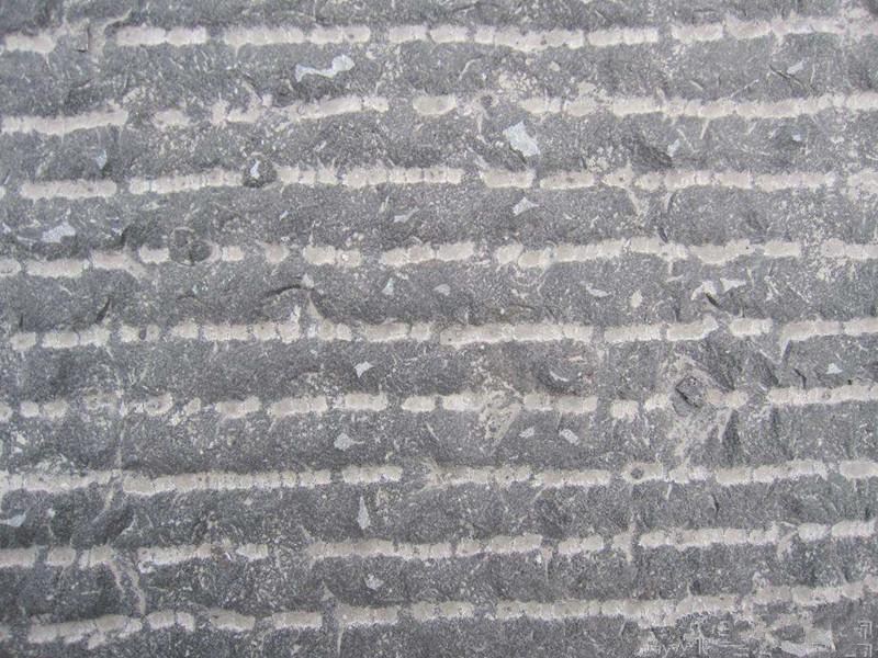 2公分毛面青石板