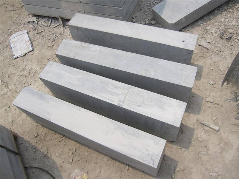 新疆客戶荔枝面青石板工程案例