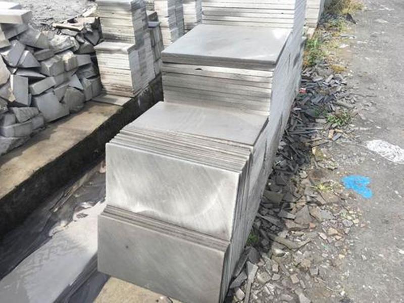 如何讓青石板徹底防滑,青石板材防滑的處理方法