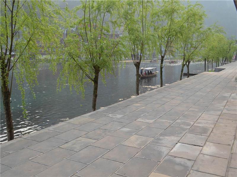 河南鄭州青石板材鋪貼工程案例