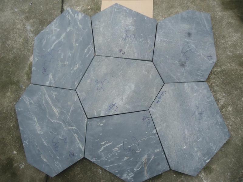 青石板冰裂紋地面的鋪裝方法
