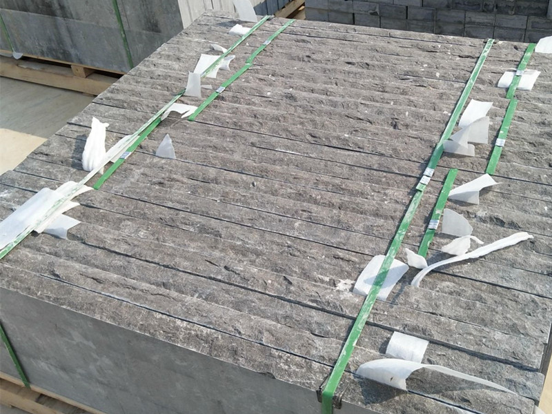 80厚鑿面青石板