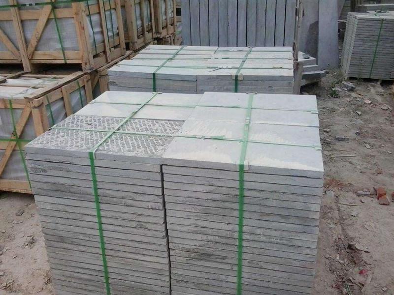 50厚斬斧青石板