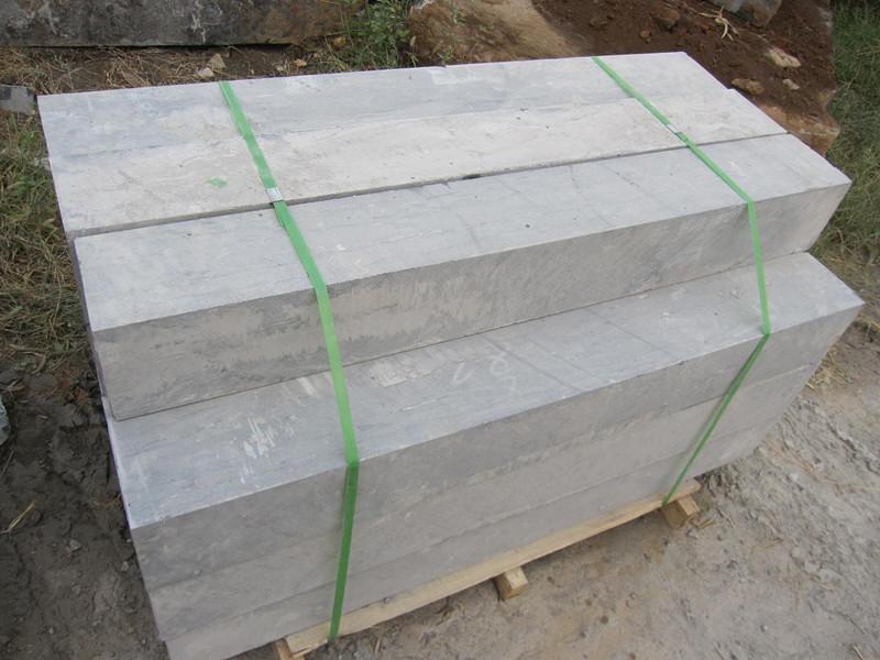 導致青石板材出現斷裂的原因及修復方法